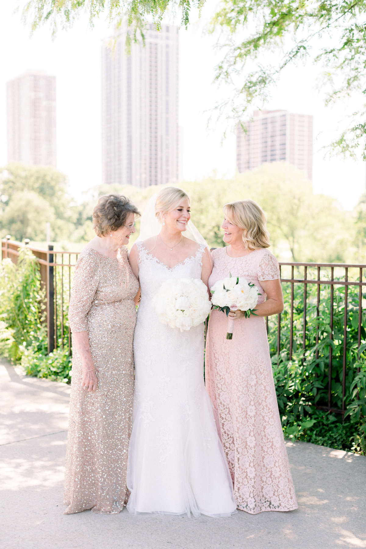 TiffaneyChildsPhotography-ChicagoWeddingPhotographer-Christine+Patrick-MundeleinAuditoriumWedding-FamilyFormals-6