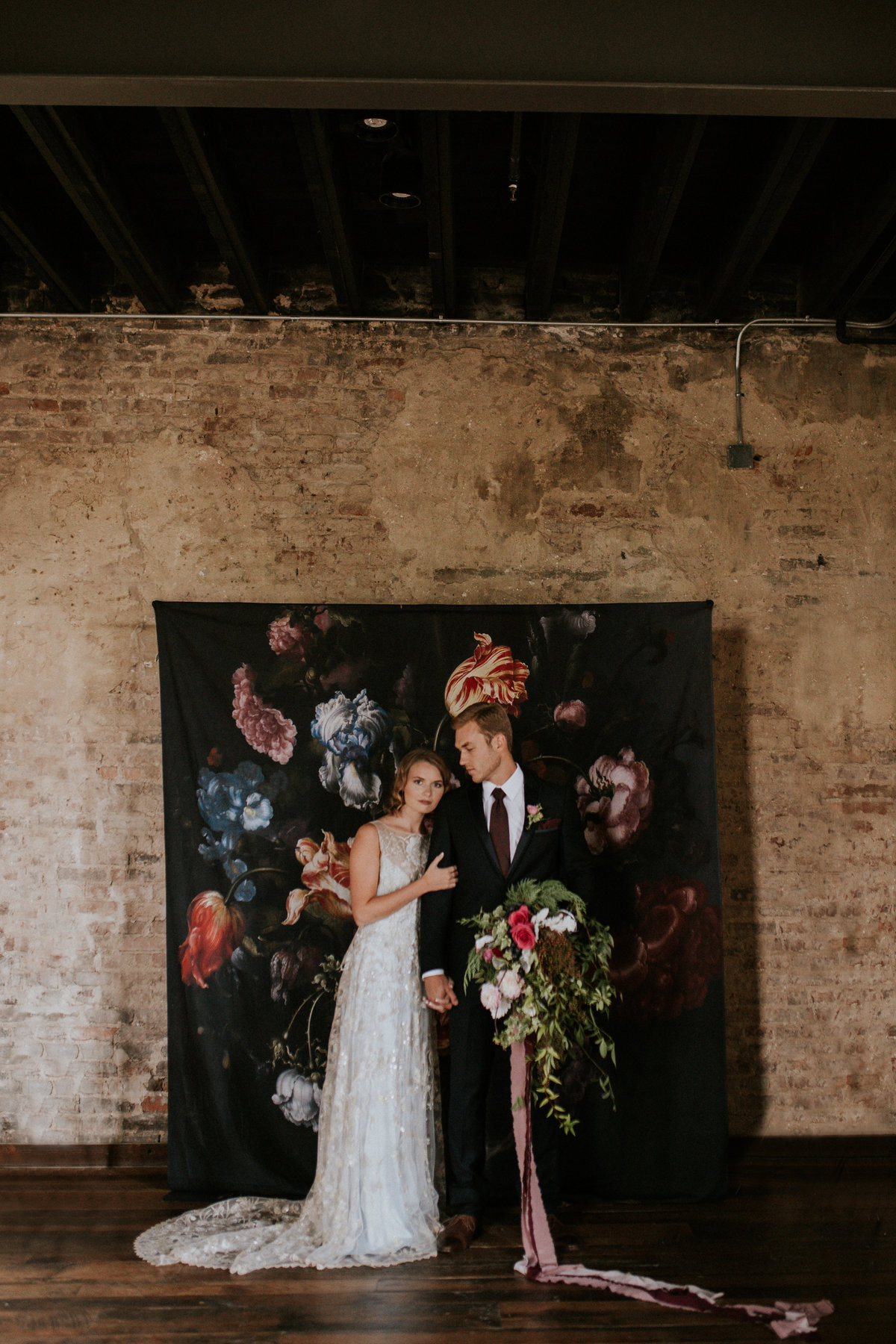 Raela is a wedding planner in Nashville, TN focusing on organic design and stunning details.