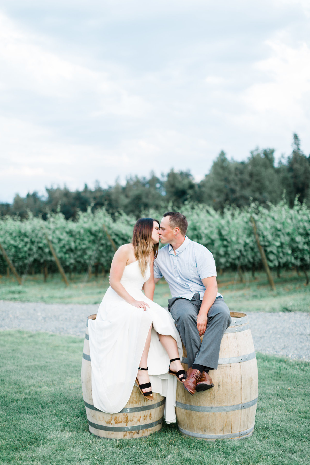 blush-sky-photography-winery-engagement-session