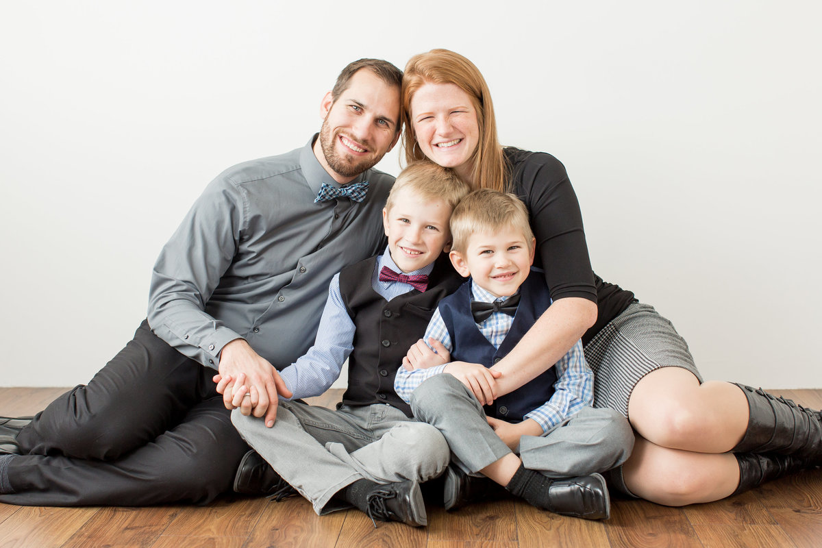 Studio Family Photography in Fargo Moorhead (2)