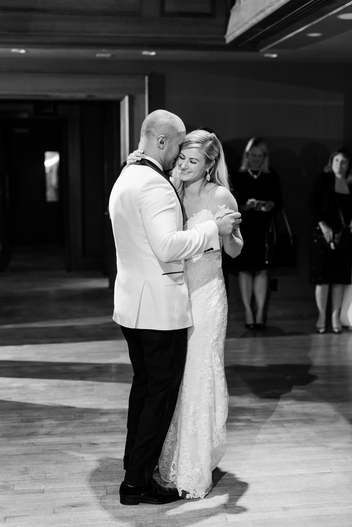 Maison Meredith Photography Wisconsin Wedding Photographer Real Wedding Two 081