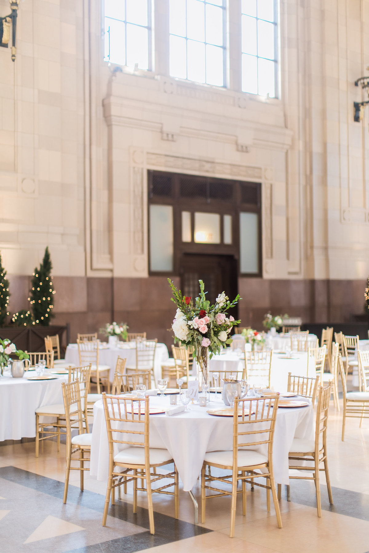 UnionStationKansasCityWedding_AshleyMatt_CatherineRhodesPhotography-22