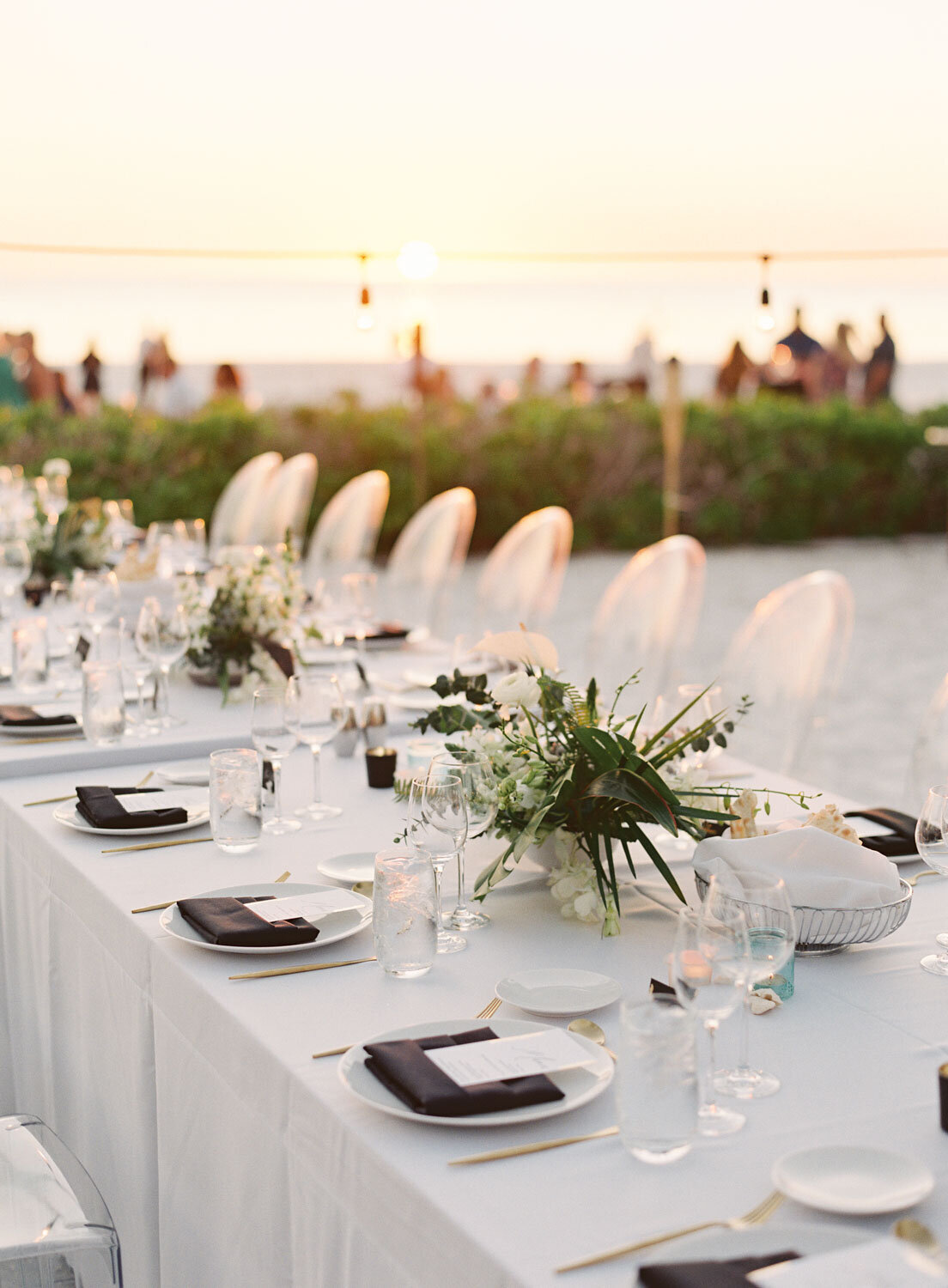 elegant-bohemian-tropical-december-destination-wedding-melanie-gabrielle-photography-martha-stewart-submission-107