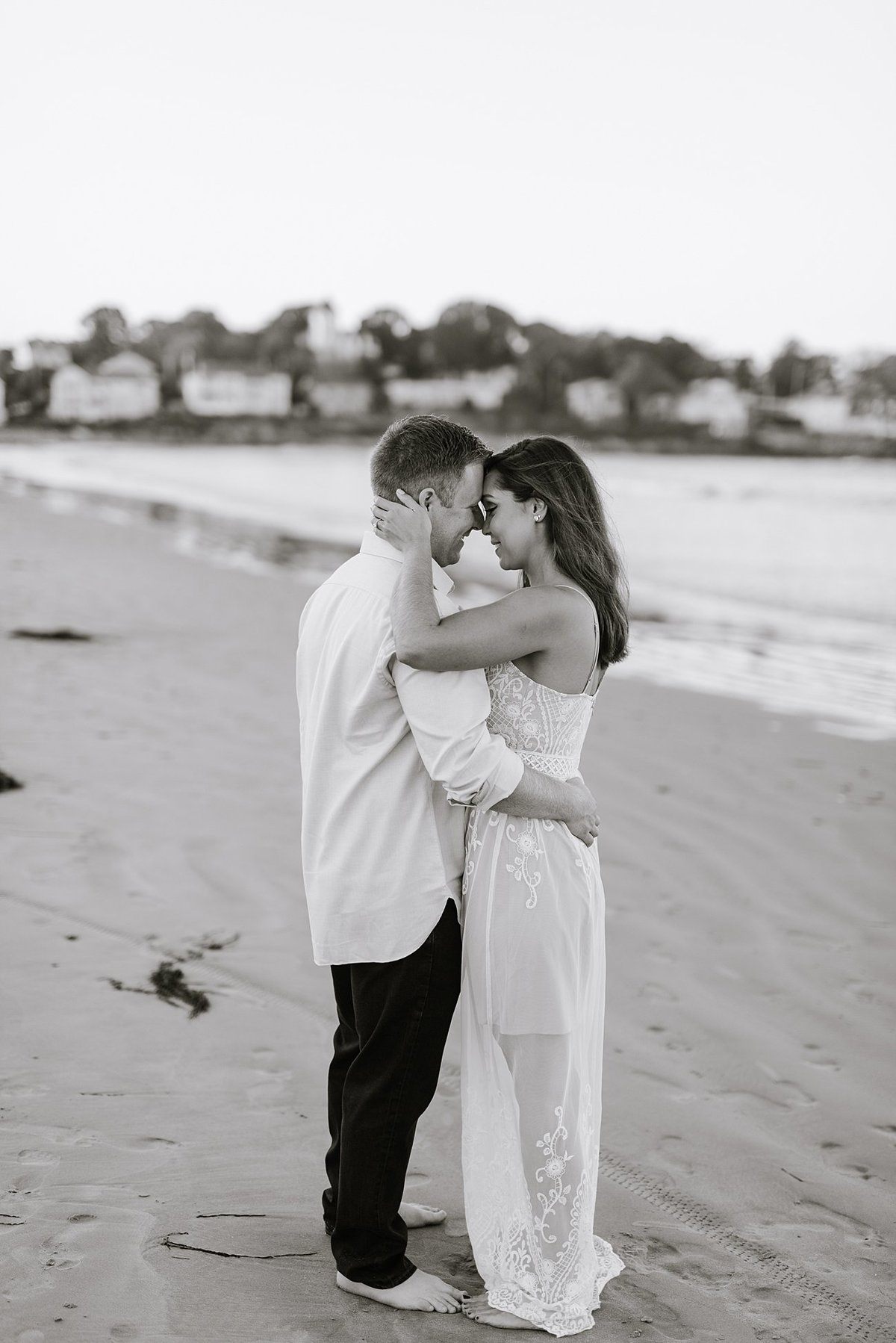nahant-beach-engagement-session-boston-wedding-photographer-photo_0012
