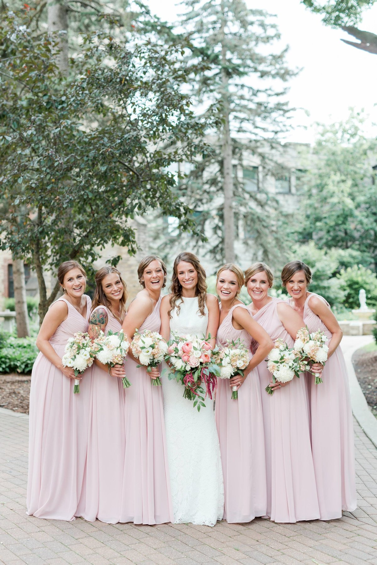 Maison Meredith Photography Wisconsin Wedding Photographer Real Wedding Four 049