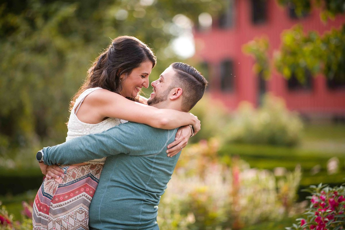 07 Floral engagement session for Mansion at Bald Hill Wedding