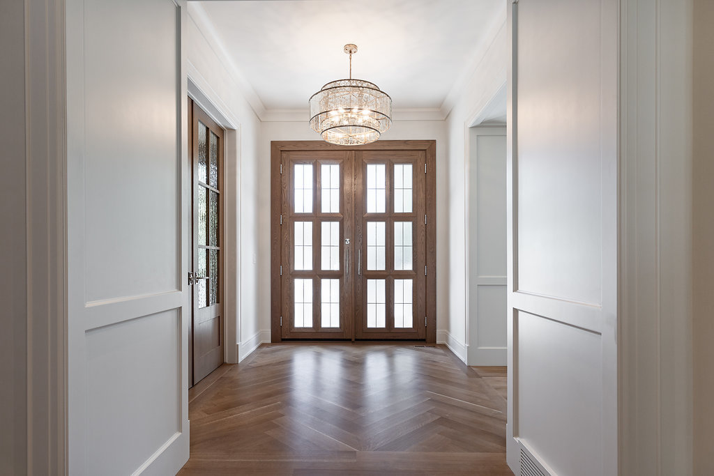 mount-royal-custom-home-builder-foyer