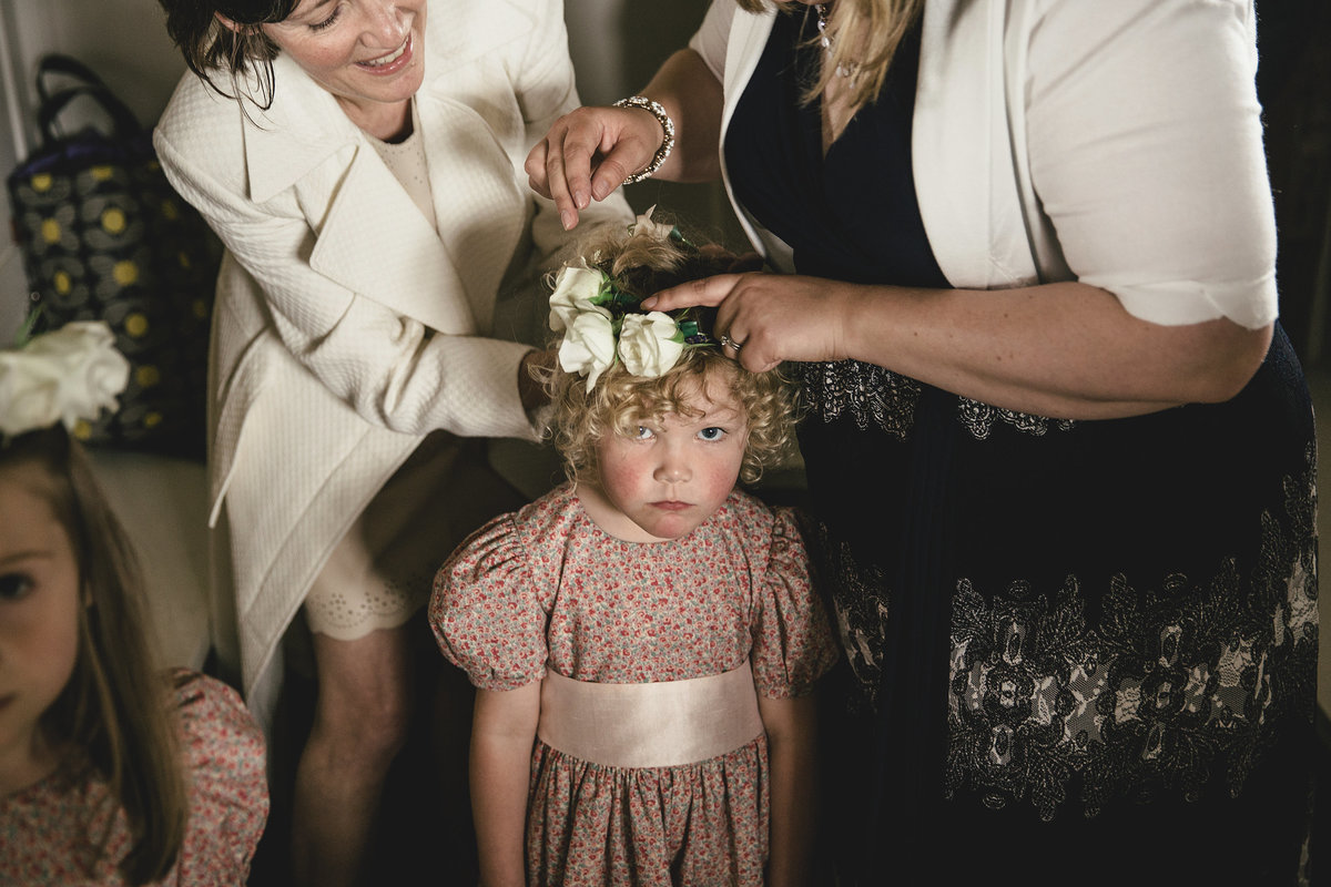 FLOWER GIRL UK WEDDING