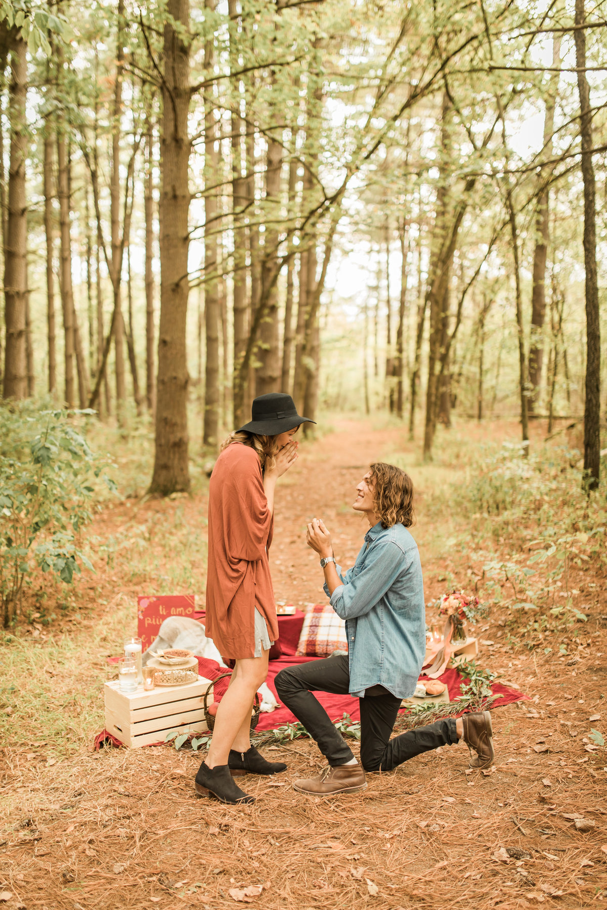 Busch Wildlife  Defiance, MO  Fall Picnic Colorado Themed Surpise Proposal  Cameron + Mikayla  Allison Slater Photography238