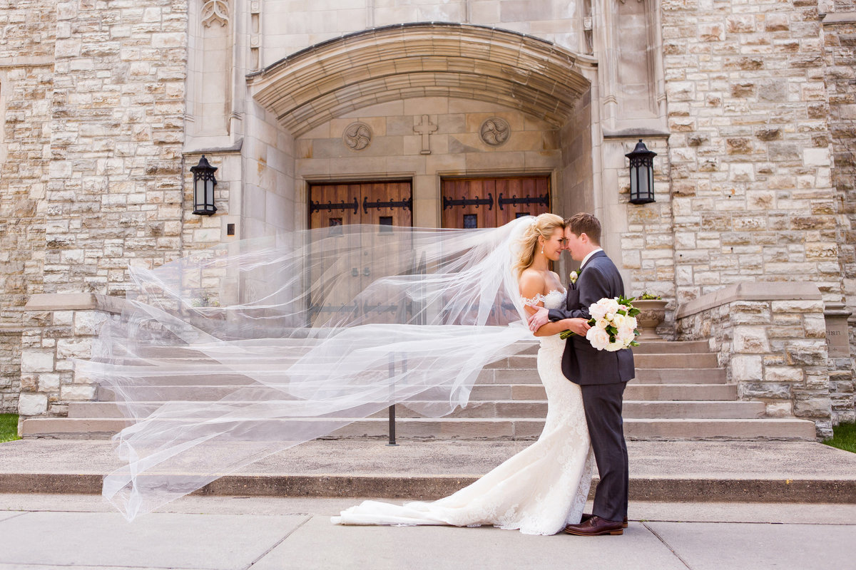 First Presbyterian Fargo Wedding Photos