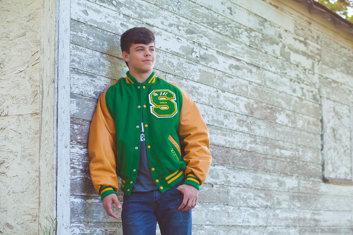 Salina_Kansas_Senior_Pictures_2017_Brenner_V_Sr_03-Smooth