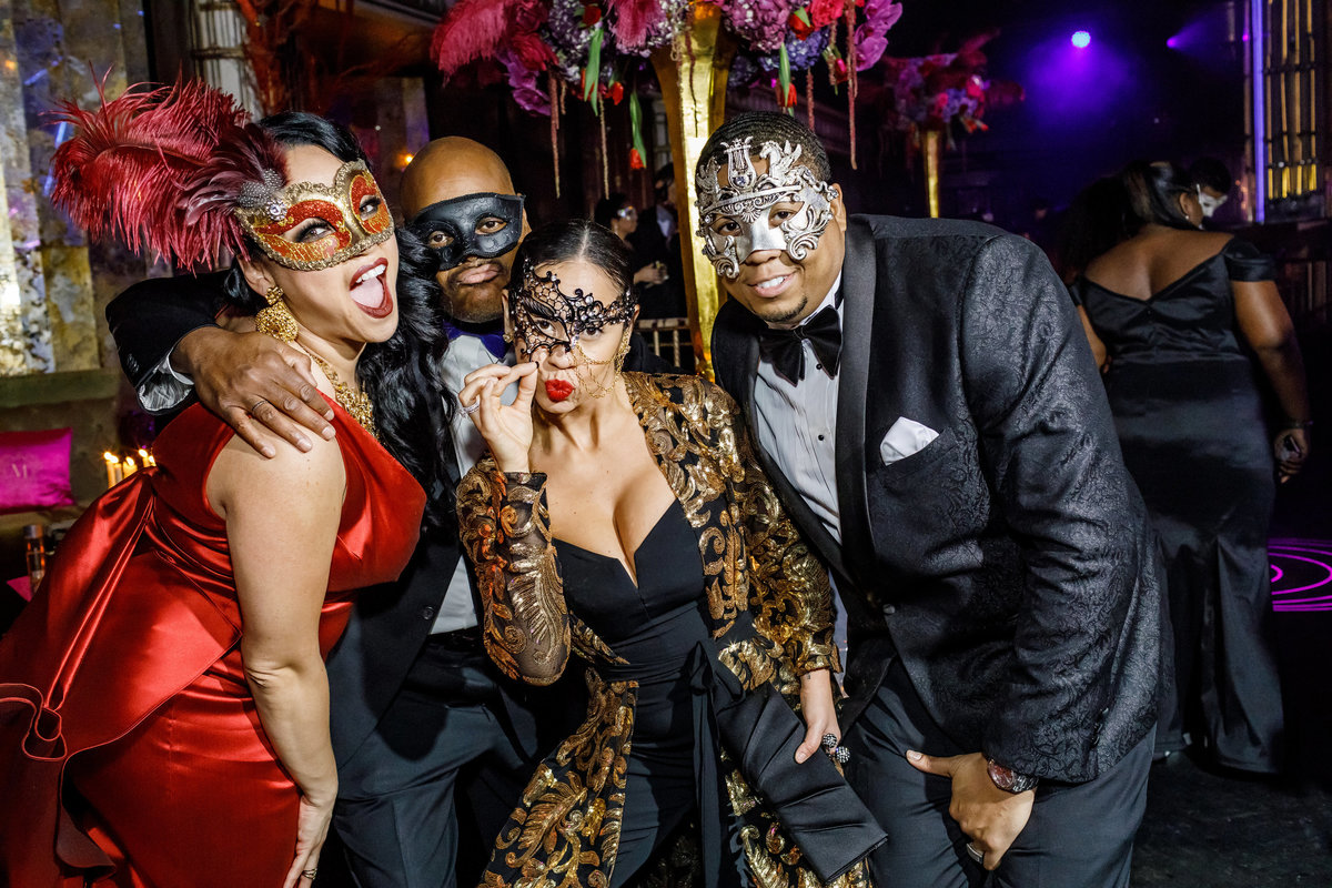 Masquerade_Party_Inspiration_New_York_Amy_Anaiz026