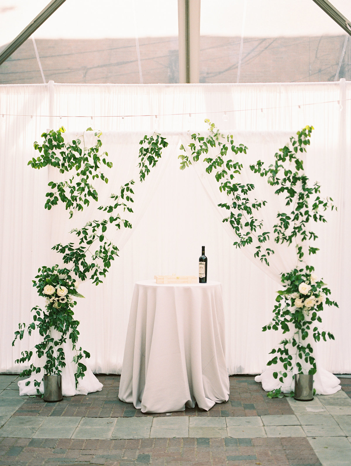 Chicago Illuminating Company Wedding with Greenery_4