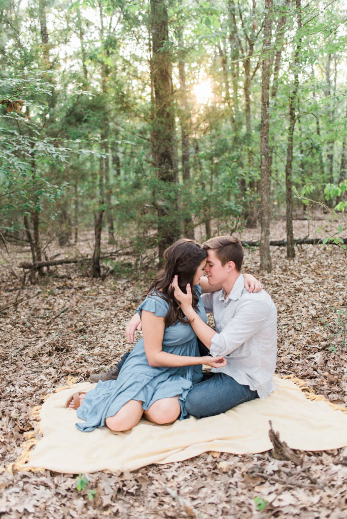 dallas-fort-worth-engagement-photographer-steph-erffmeyer-gray-door-photography10