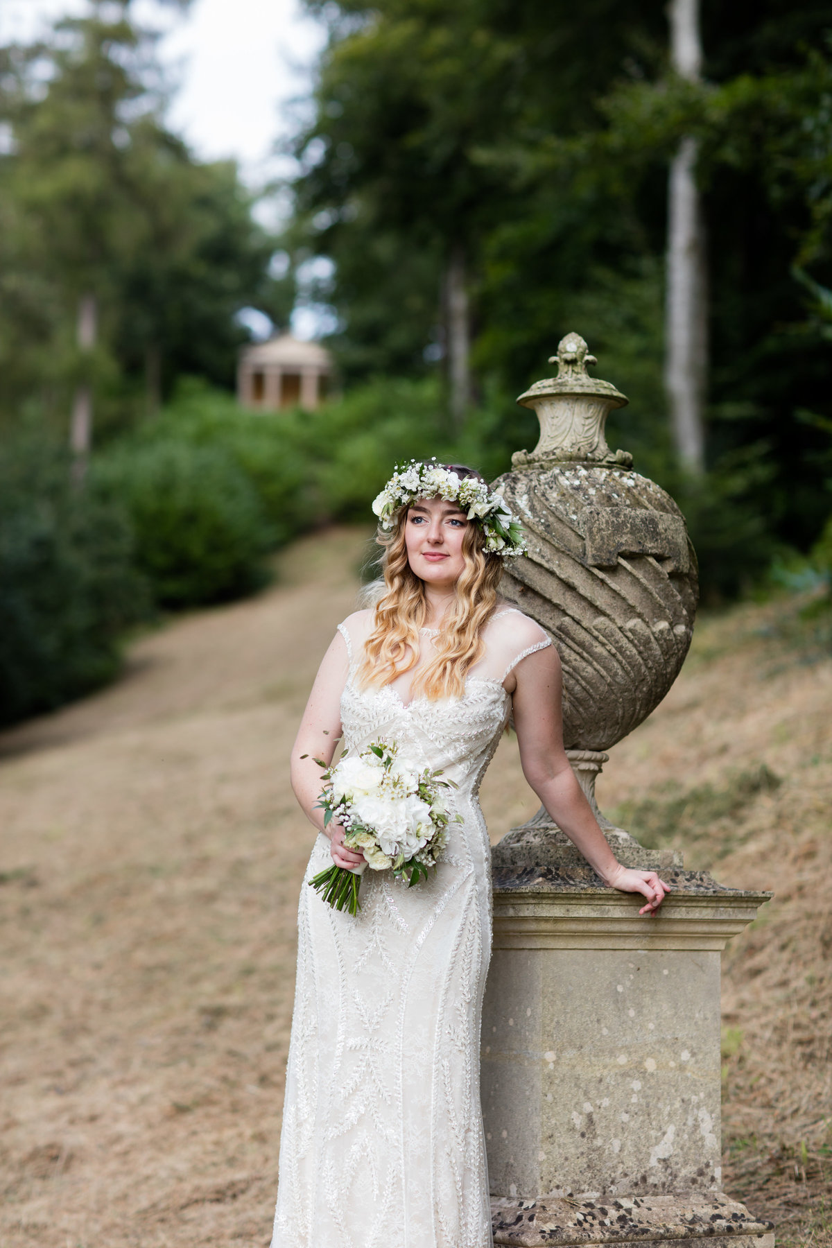 sommerset wedding photographer at hestercombe