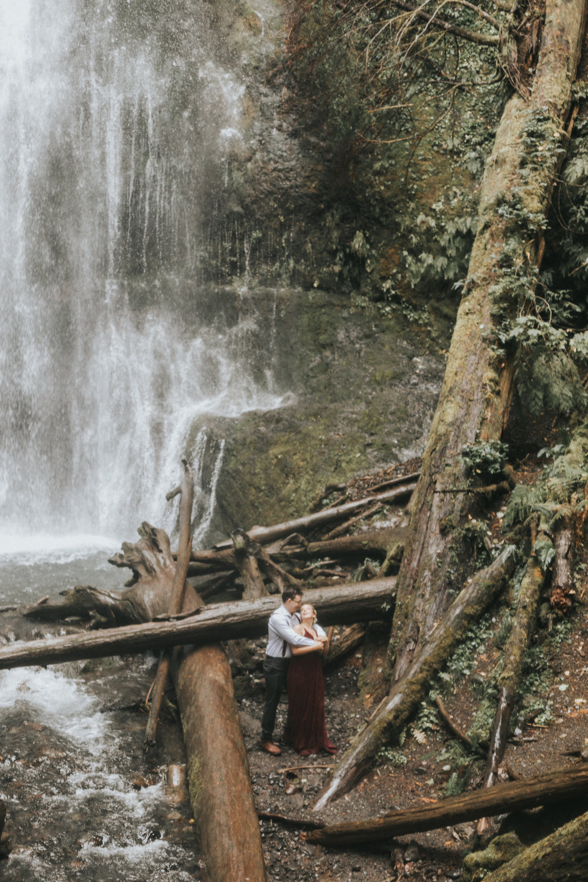 lakecrescent - olympic national park - marymere falls - elopement - engagement session-16