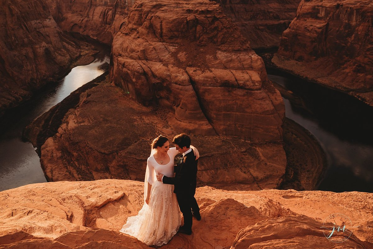 Elopement-Horseshoe Bend AZ-Janae Marie Photography_0003