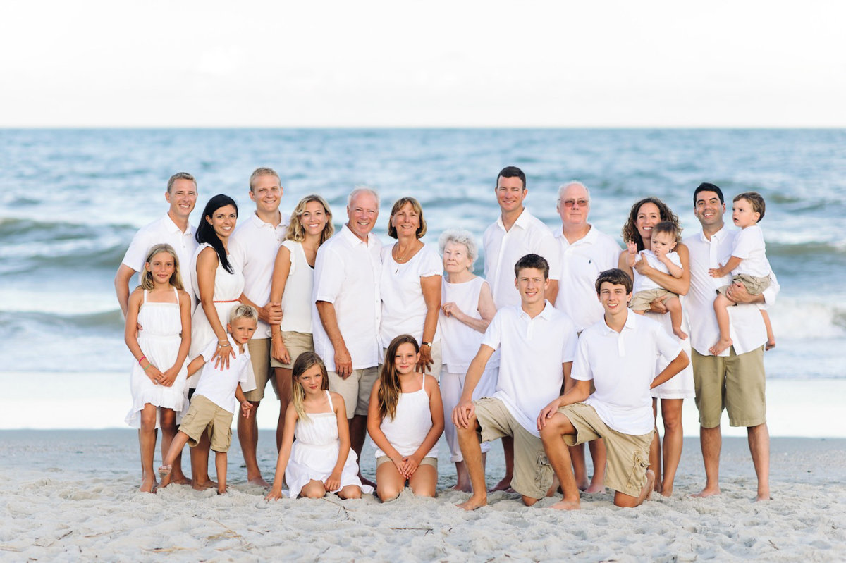 23 people family session in Myrtle Beach. Extended family portraits