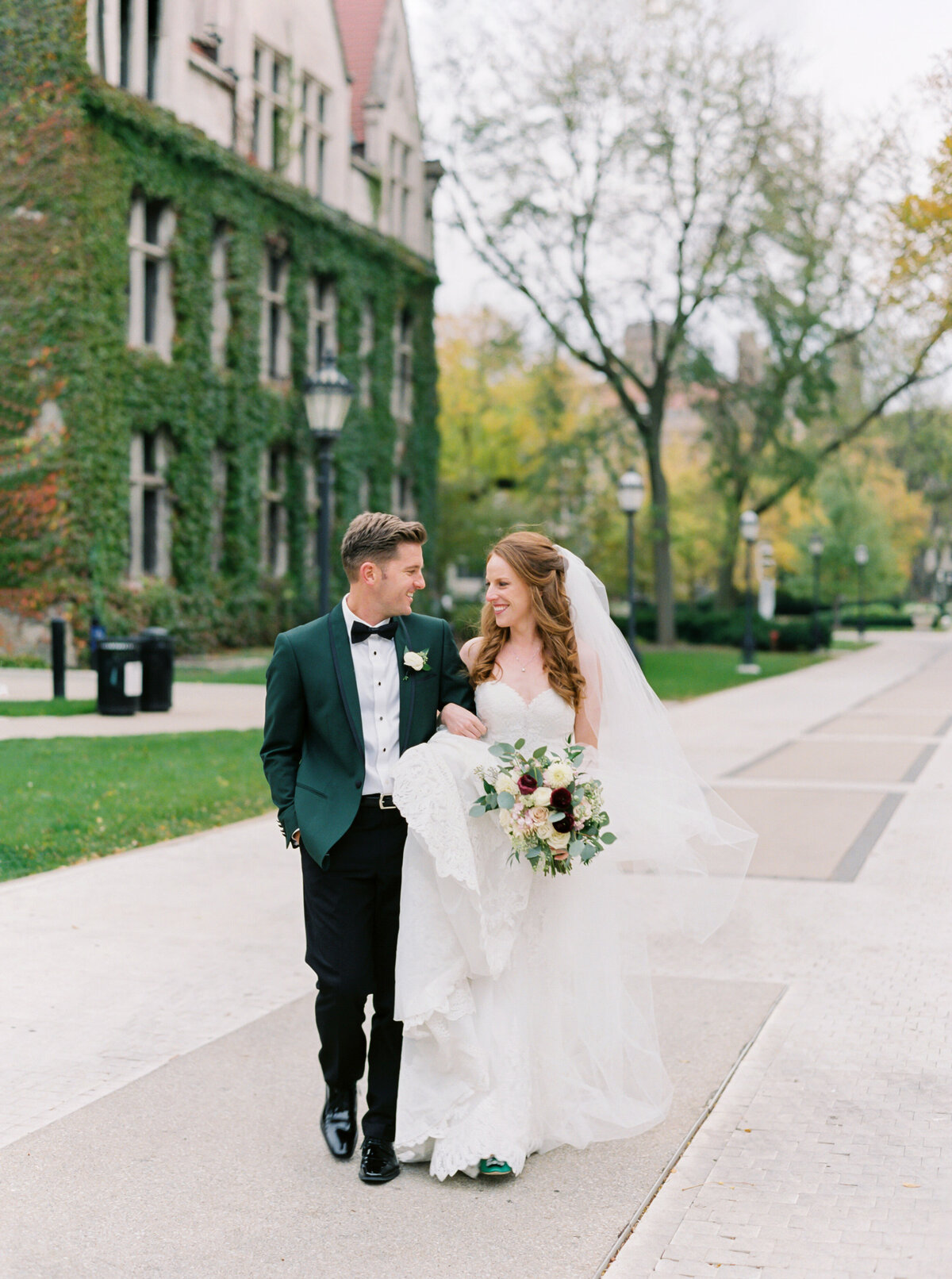 TiffaneyChildsPhotography-ChicagoWeddingPhotographer-Colleen&Ned-UniversityofChicago-109