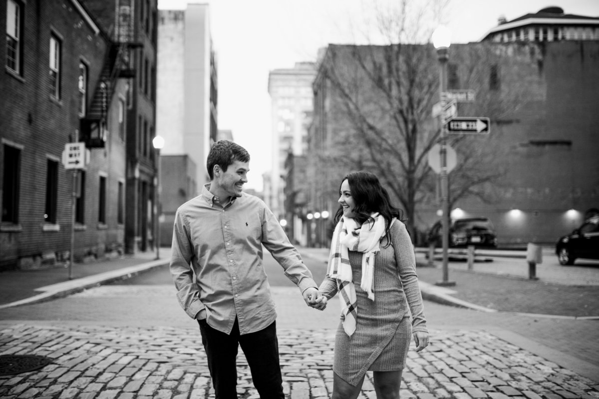 Unique Pgh engagement photographer10