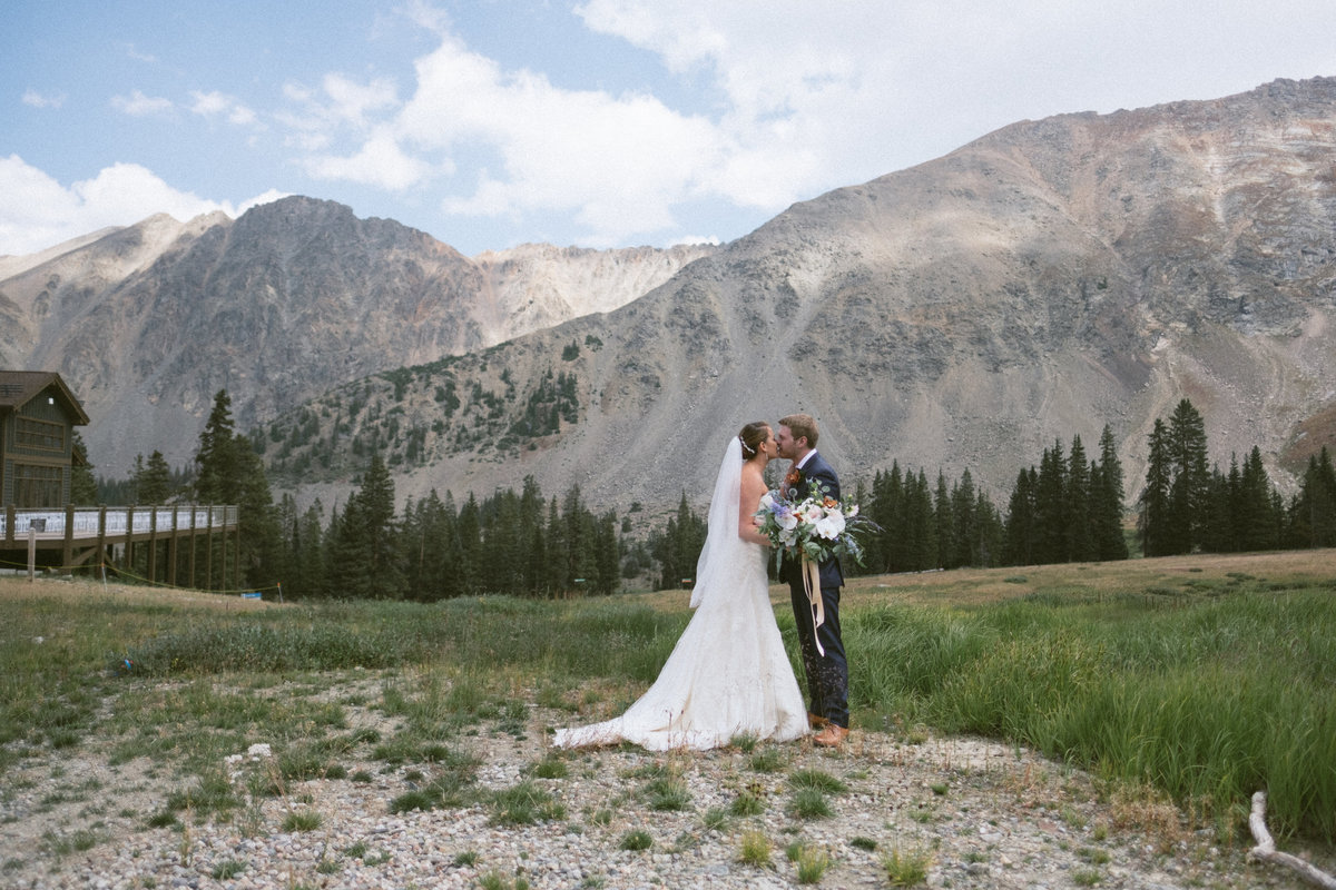 arapahoe basin lodge wedding