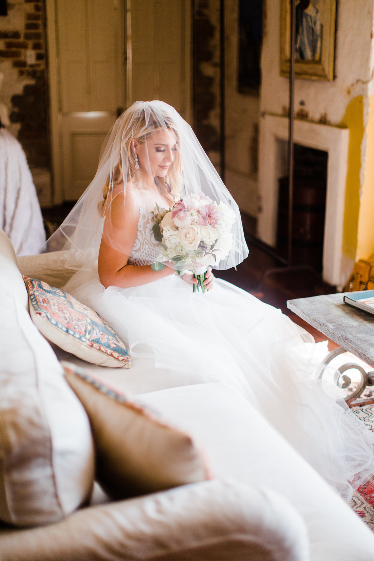 race_and_religious_new_orleans_bridal_session_04