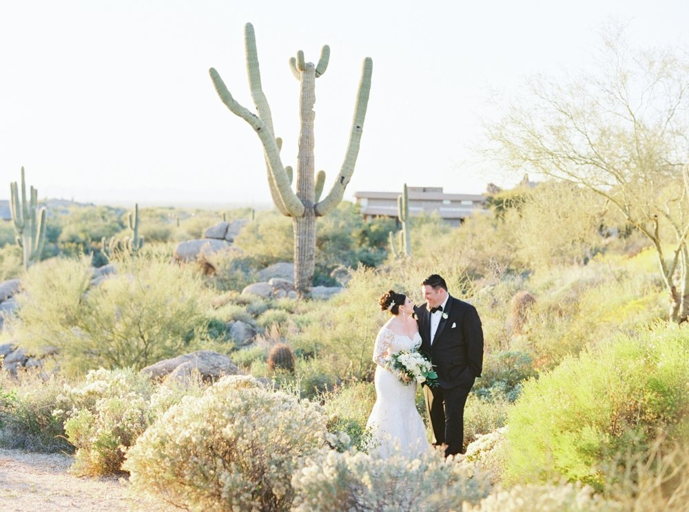 Scottsdale-Wedding-Photographer-Troon-North-Golf-Club_0495