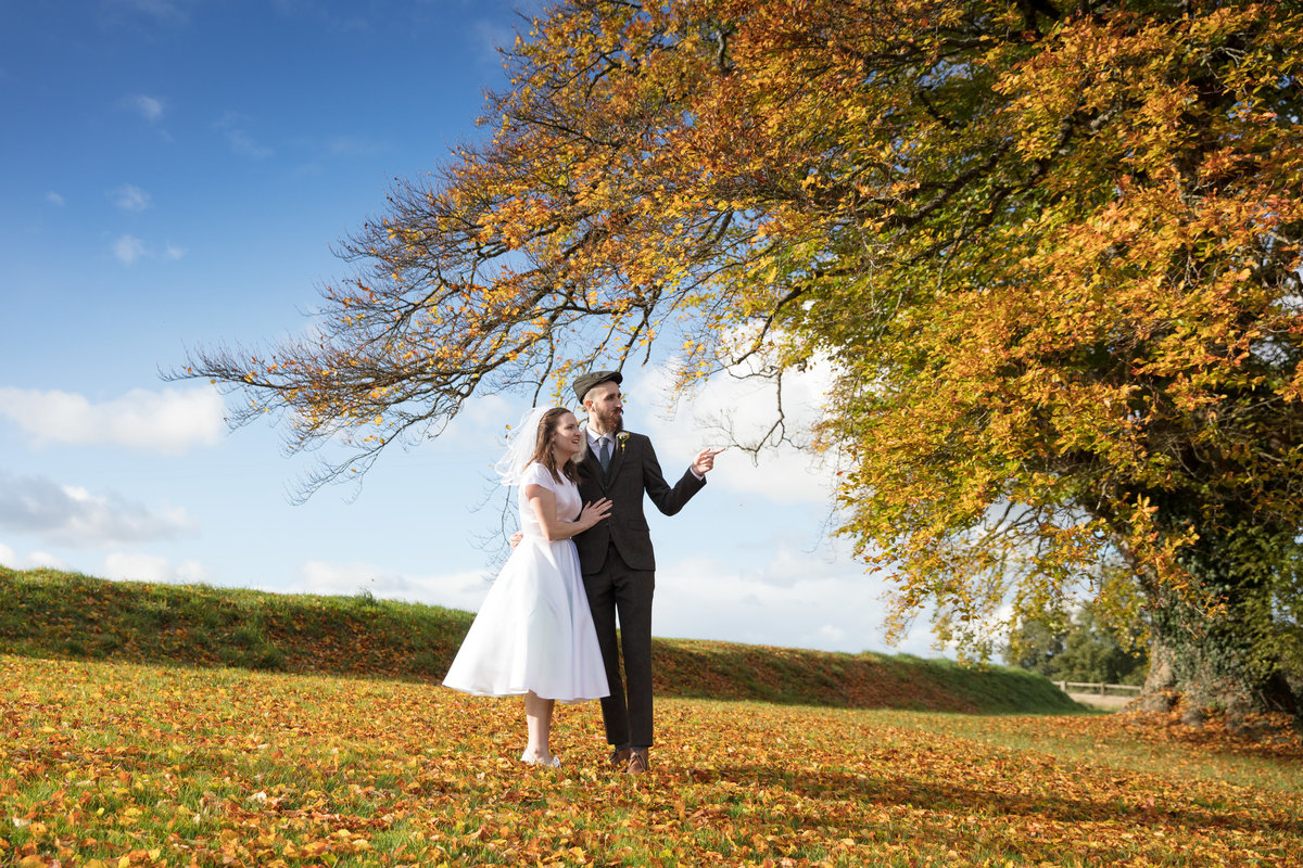 autumn wedding in devon