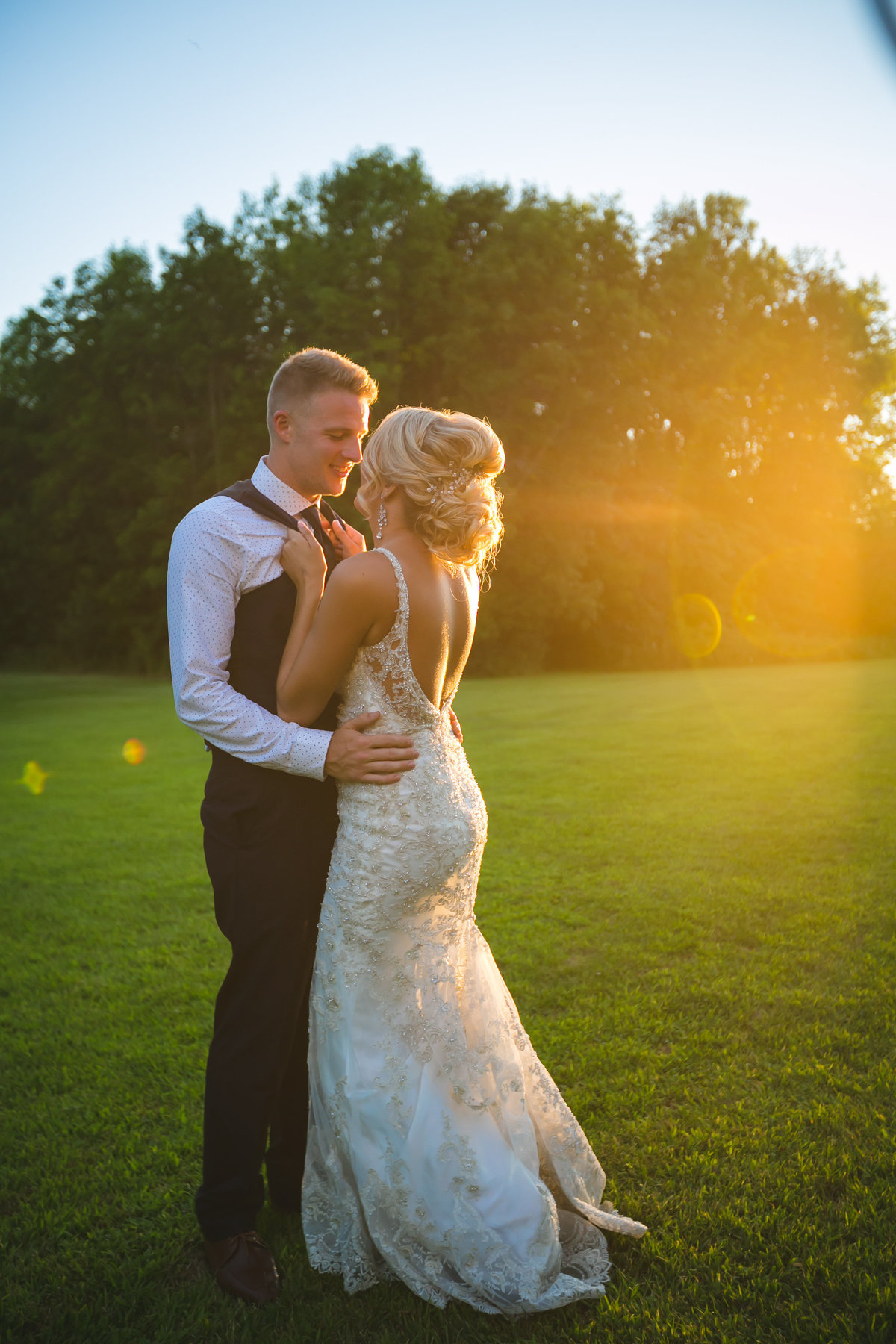 Jordan & Taylor's Outdoor Wisconsin Northwoods Wedding Photos by Amenson Studio-0210