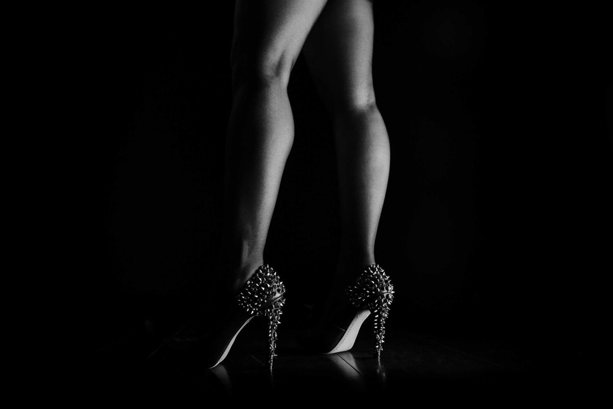 Sexy Legs Boudoir Photography by King and Fields Studios Charleston SC