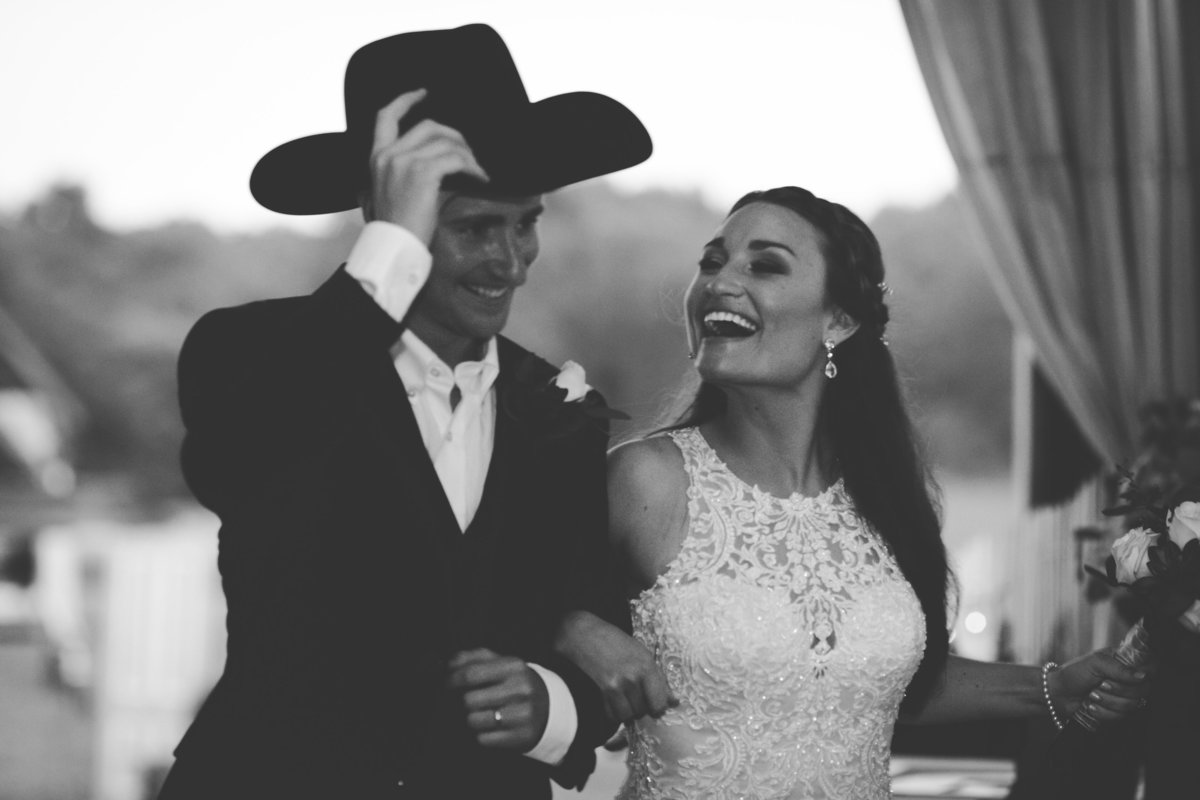 Nsshville Bride - Nashville Brides - The Hayloft Weddings - Tennessee Brides - Kentucky Brides - Southern Brides - Cowboys Wife - Cowboys Bride - Ranch Weddings - Cowboys and Belles158