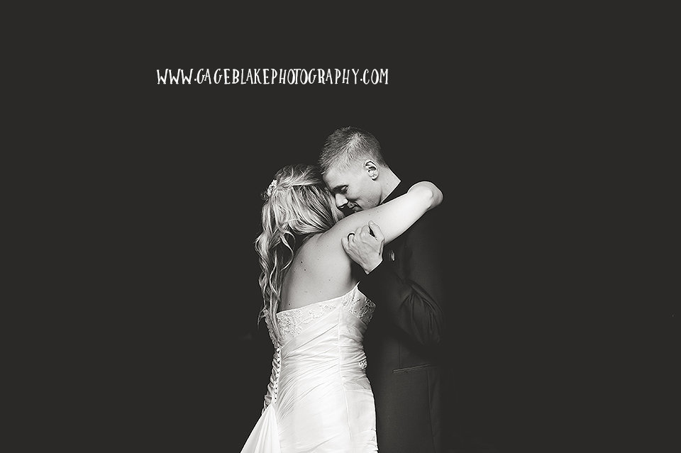 Perrysburg Ohio Wedding Photographer - Bowling Green Ohio Wedding Photographer
