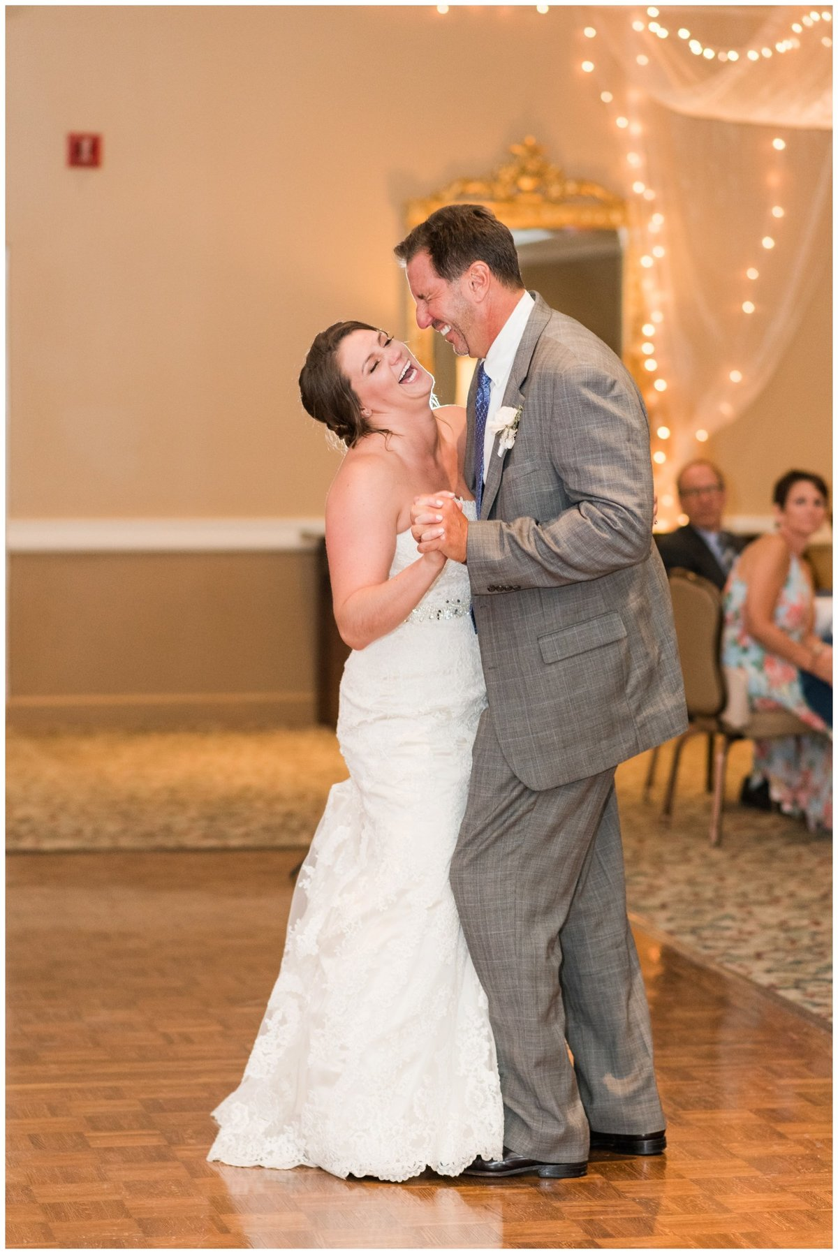 columbus ohio wedding photos brookside golf and country club outdoor wedding_0102