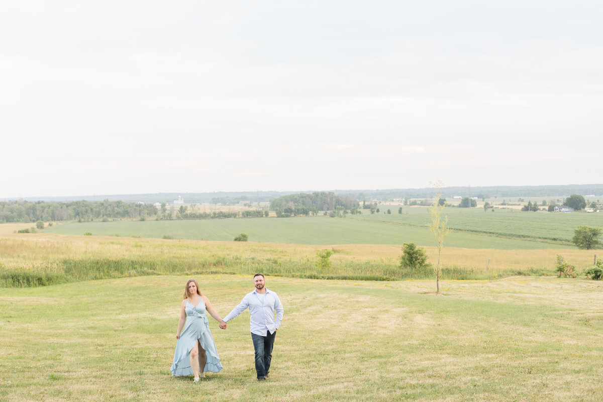 Ottawa-Wedding-Photographer-Luskville-Countryside-Engagement-8