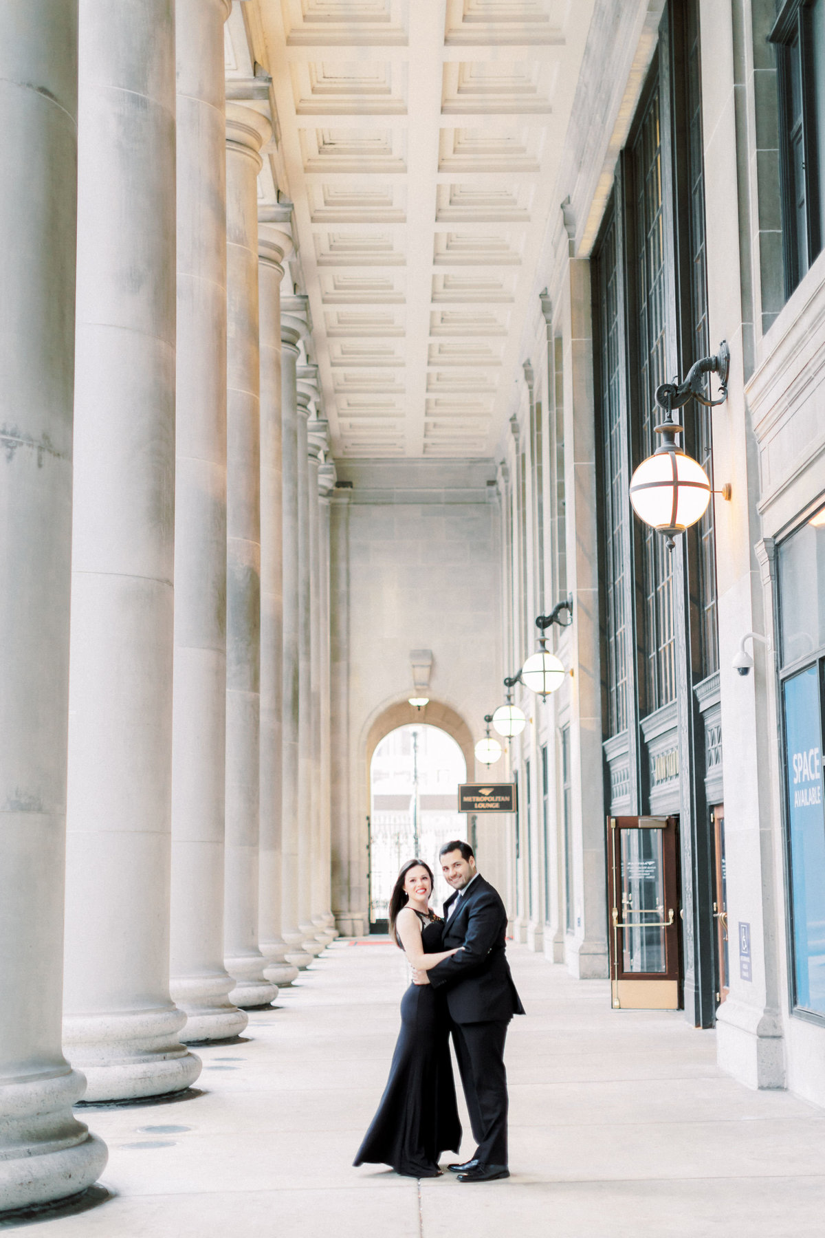 TiffaneyChildsPhotography-ChicagoWeddingPhotographer-Alana+Giancarlo-NorthAvenueBeachUnionStationEngagementSession-69