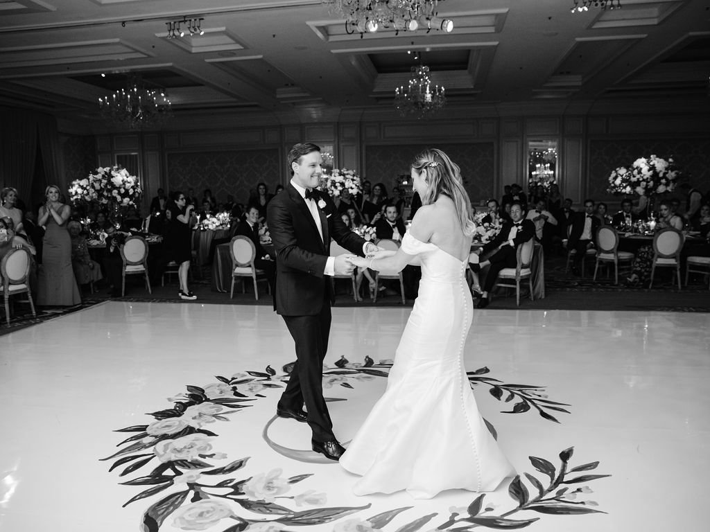Four Seasons Chicago Elegant Wedding_18