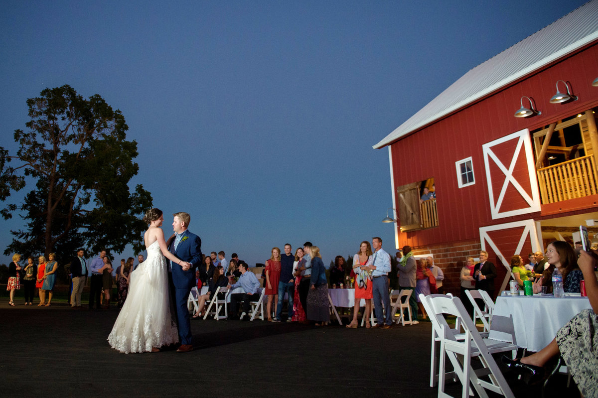 Crystal Genes Photography LAUREL RIDGE WINERY WEDDING_180901-201049