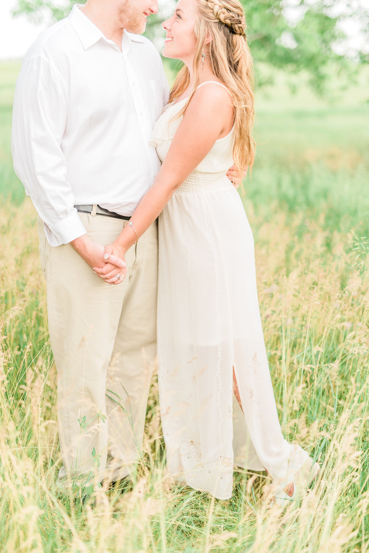 Bailey Elle Photography Wedding Engagment Photographer Indiana10