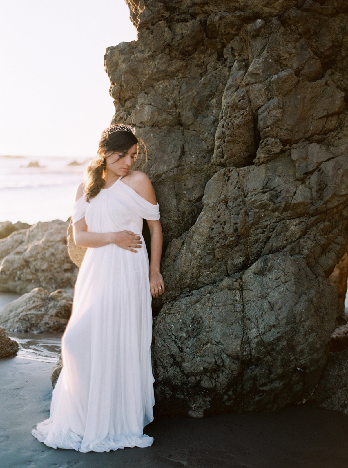 oceanside-elopement-destination-california-style-me-pretty-melanie-gabrielle-photography-40