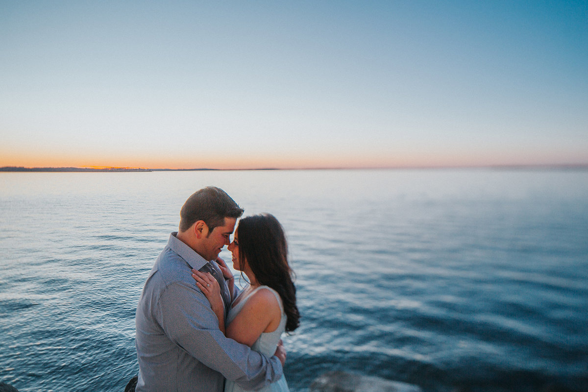 lakeside engagement photographs in madison wisconsin