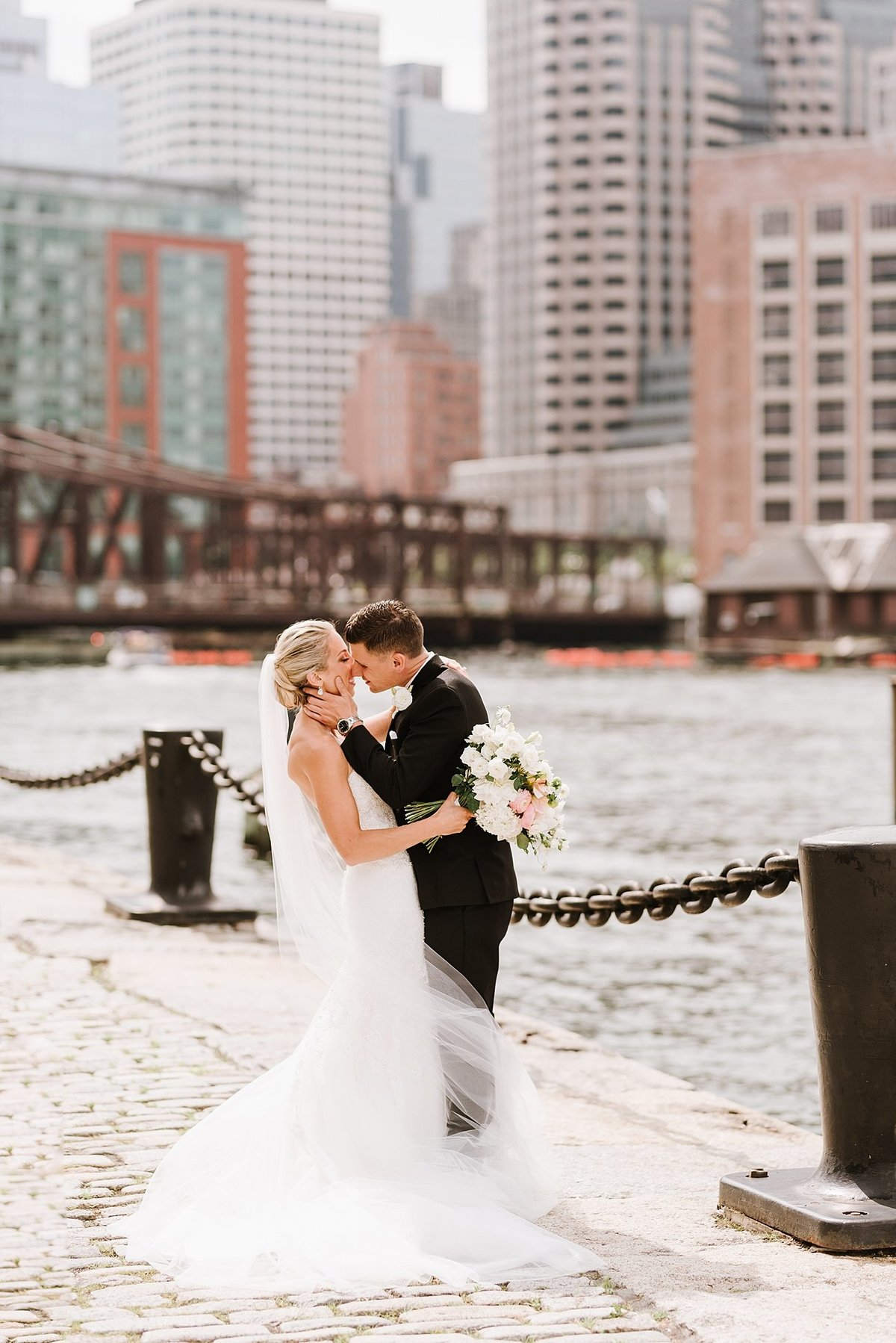 seaport-hotel-boston-wedding-photographer-photo_0010