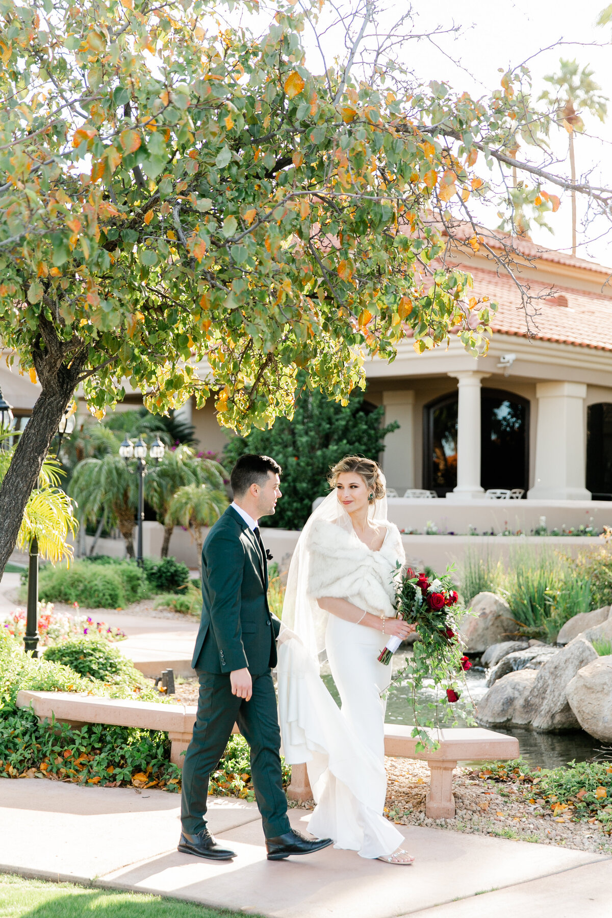 Karlie Colleen Photography - Gilbert Arizona Wedding - Val Vista Lakes - Brynne & Josh-438