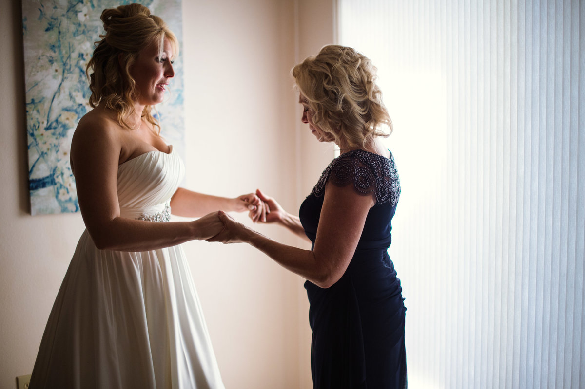 Williston Moss Wedding | North Dakota | Chelsy Weisz Photography-4