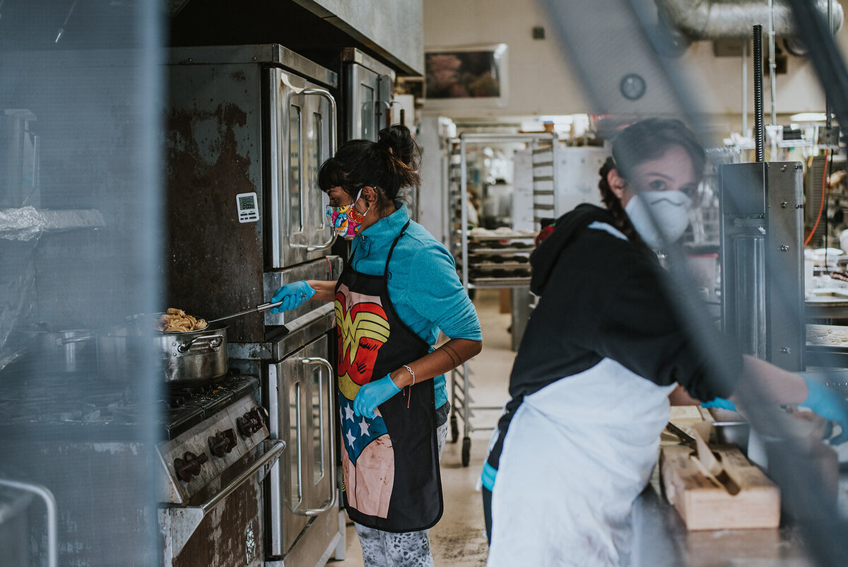 Lindsay-Kreighbaum-los-angeles-food-photographer-covid-documentary-project-50