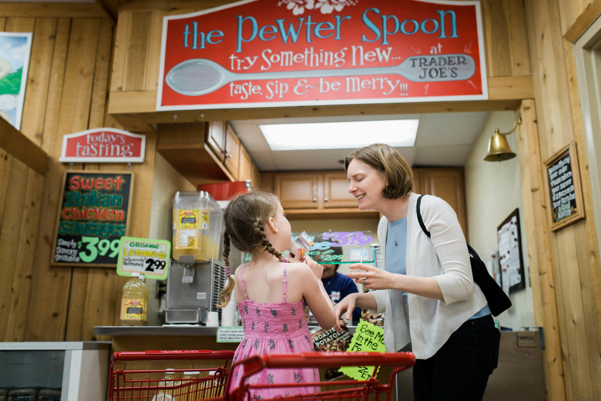 Boston-Family-Child-Photographer-grocery-store-session-10