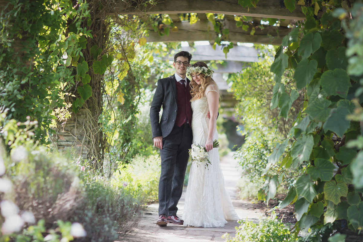 wedding photography at hestercombe gardens somerset