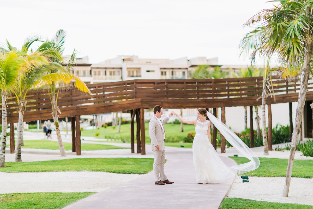 RoyaltonRivieraWedding_CancunMexico_HeatherMatt_Final_CatherineRhodesPhotography-686-Edit