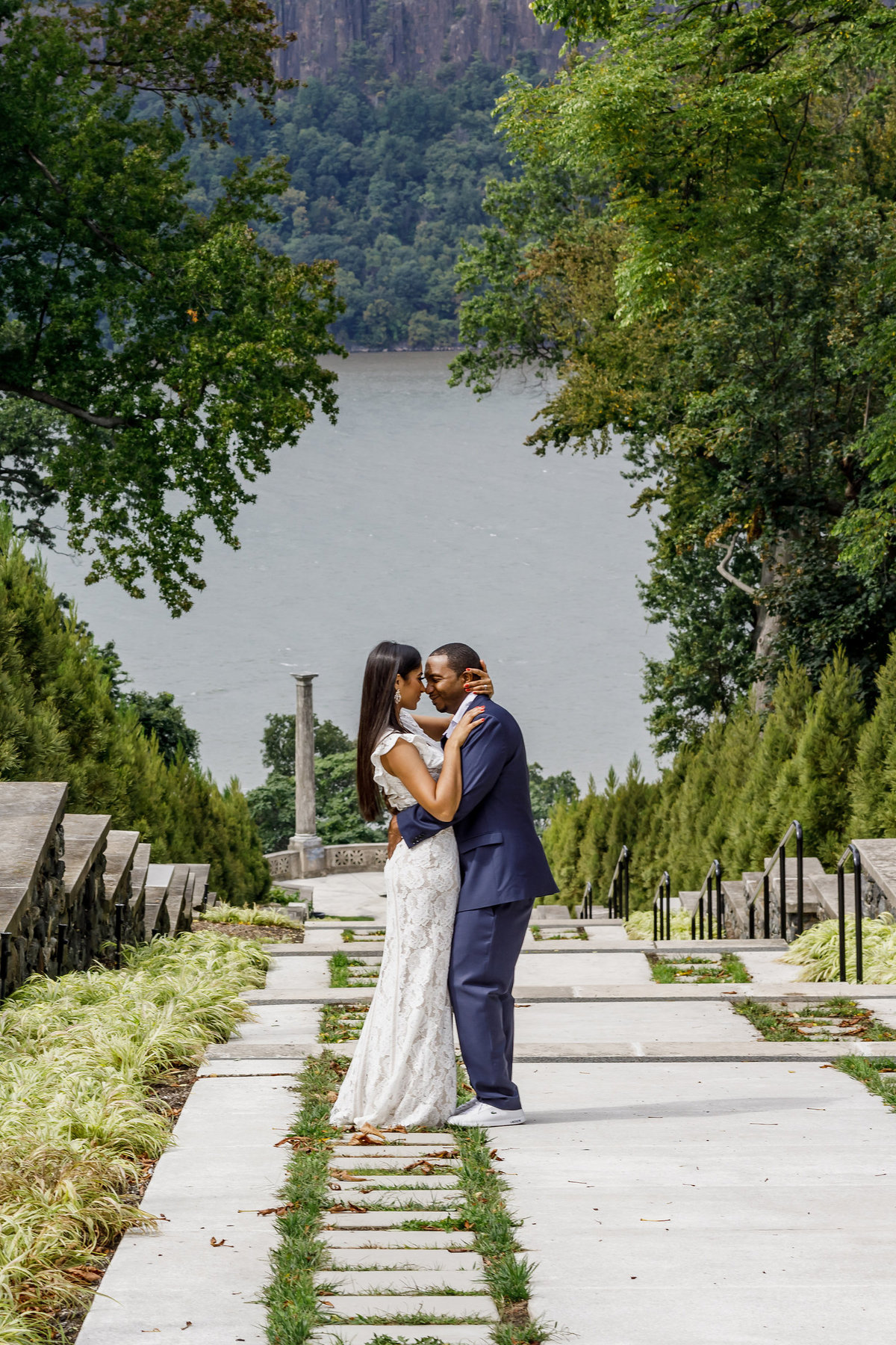 Untermyer_Gardens_Conservancy_EngagementSession_AmyAnaiz_016