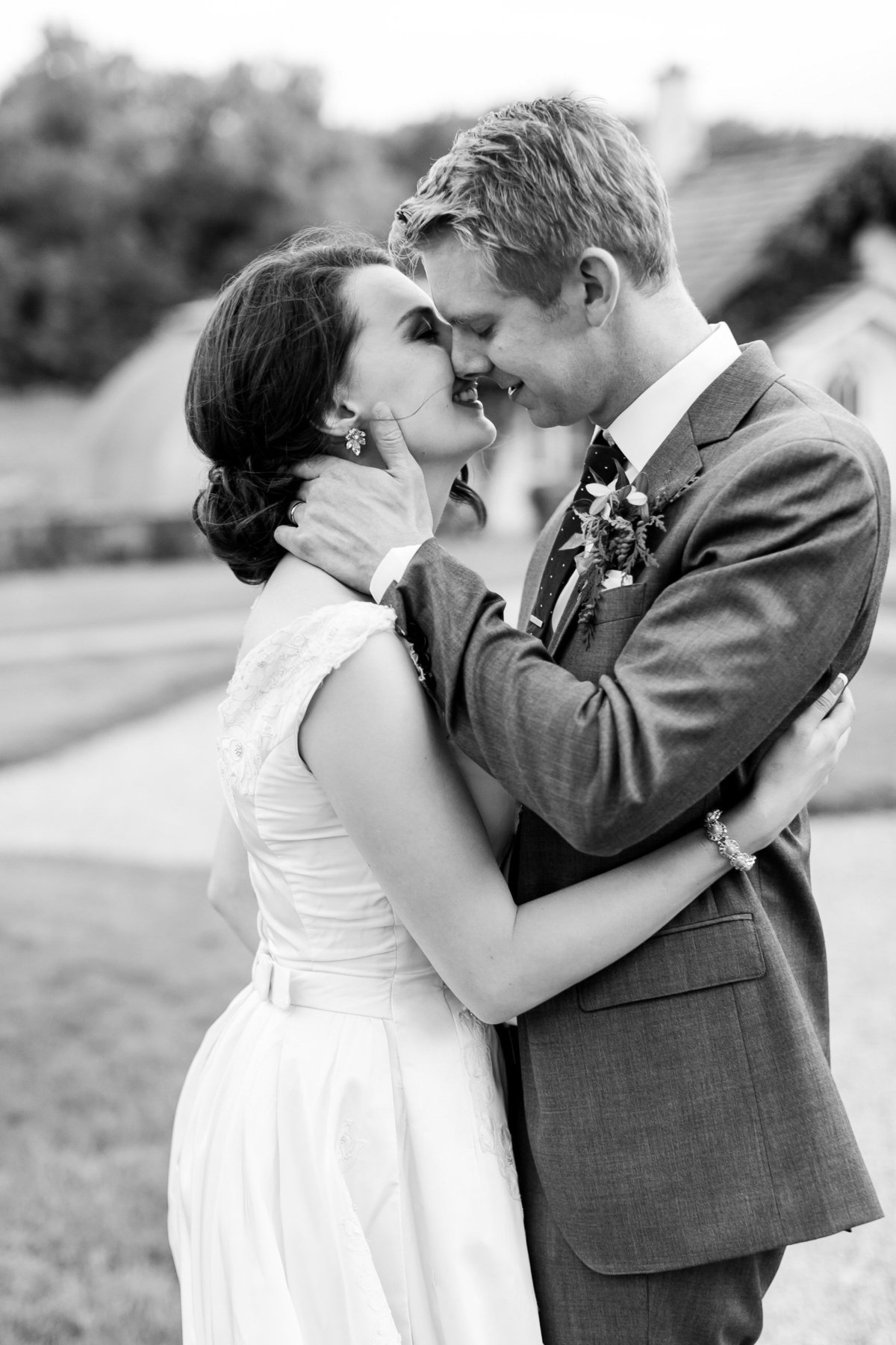 Maison Meredith Photography Wisconsin Wedding Photographer Real Wedding Four 067