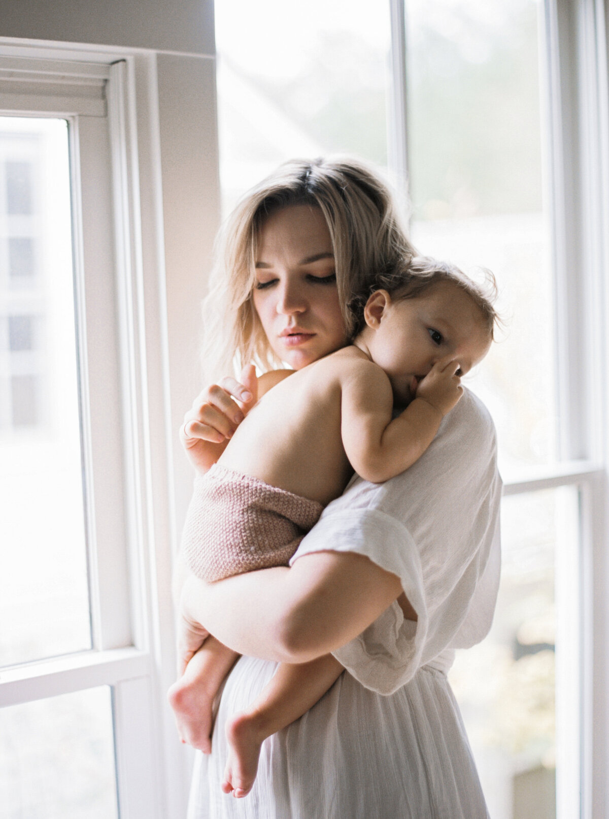 Motherhood-photography-session-fount-melanie-gabrielle-23
